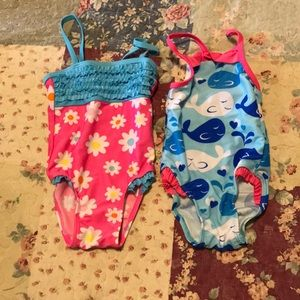 Set of (2) bathing suits